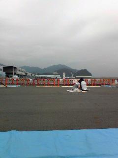 焼津海上花火大会に来ています